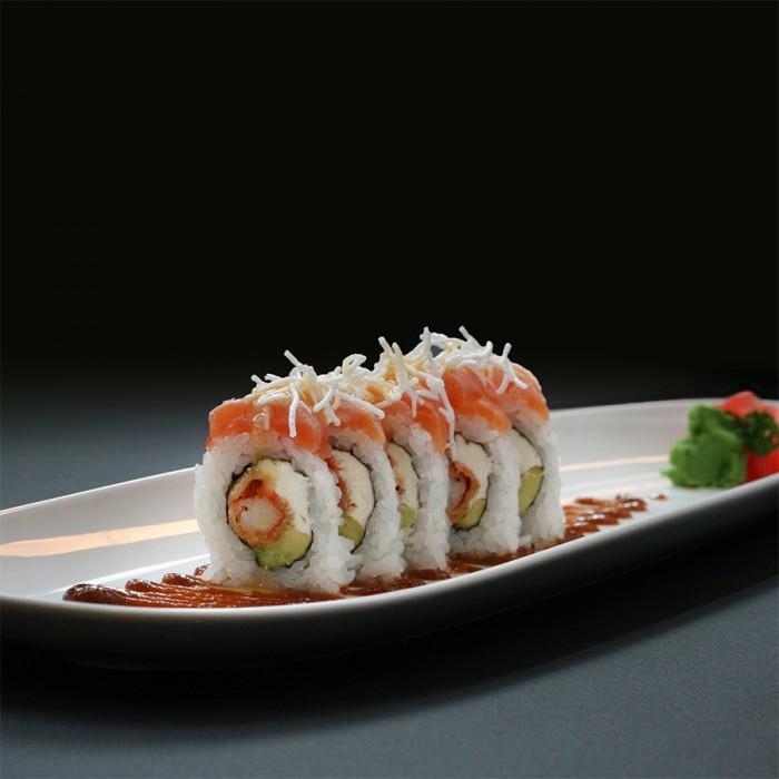 ROLLS GOURMAND - 5 P. (langostinos panko con queso crema, cebolla de verdeo, salsa maracuyá e hilo de teriyaki)