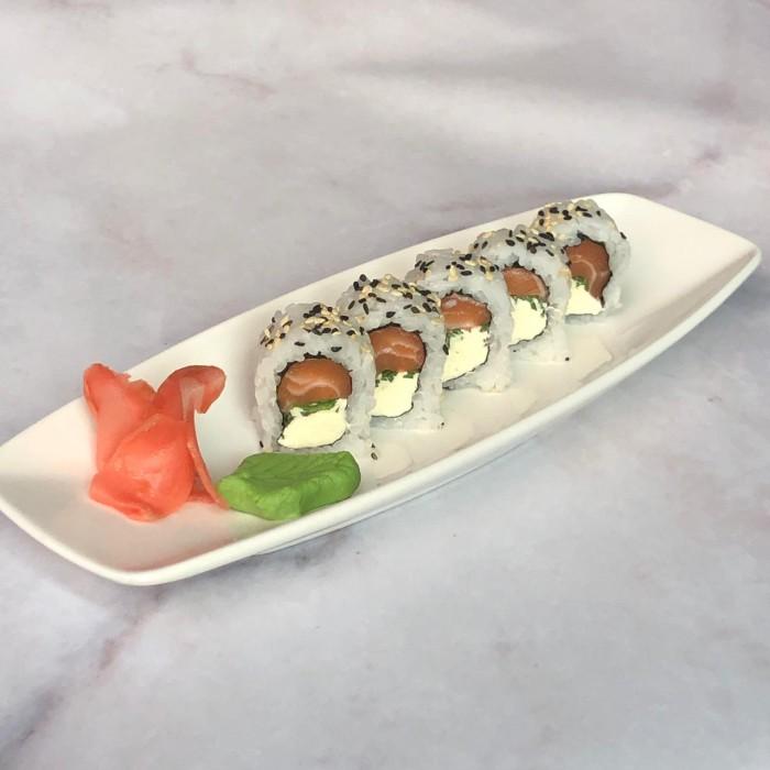ROLLS PHILADELPHIA - 5 P. (salmón, queso crema y cebolla de verdeo)